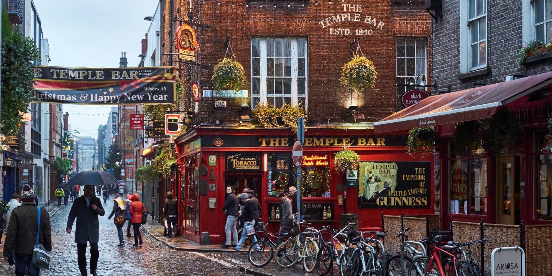 Die bekannte Temple Bar in Dublin.