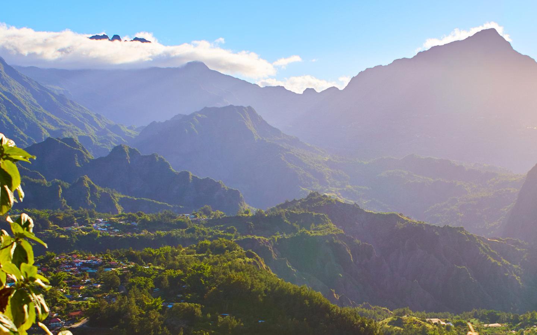Die Cirque de Salazie in der Nähe des Piton des Neiges auf der Insel La Réunion.