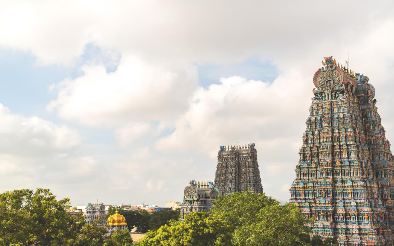 Der historische Hindu-Tempel Meenakshi in der Stadt Madurai.