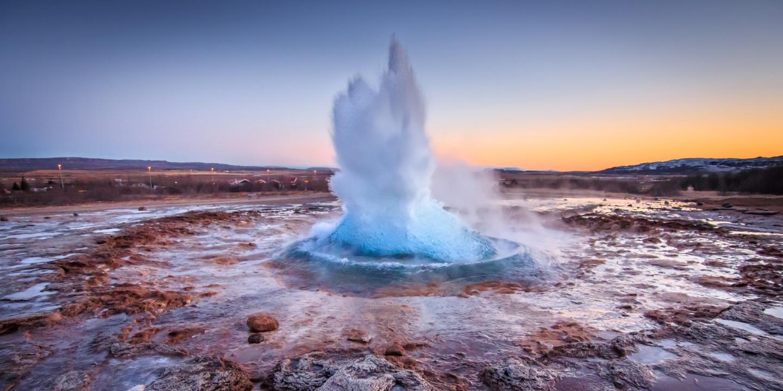 Geysire gehören mit zu den 20 Fakten über Island in diesem Artikel.