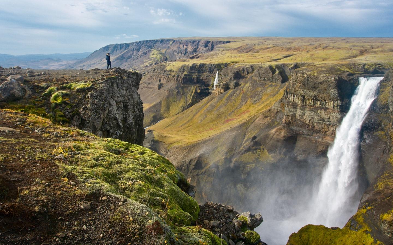 Die großartige Natur Islands ist auch Teil unserer 20 Fakten über Island.