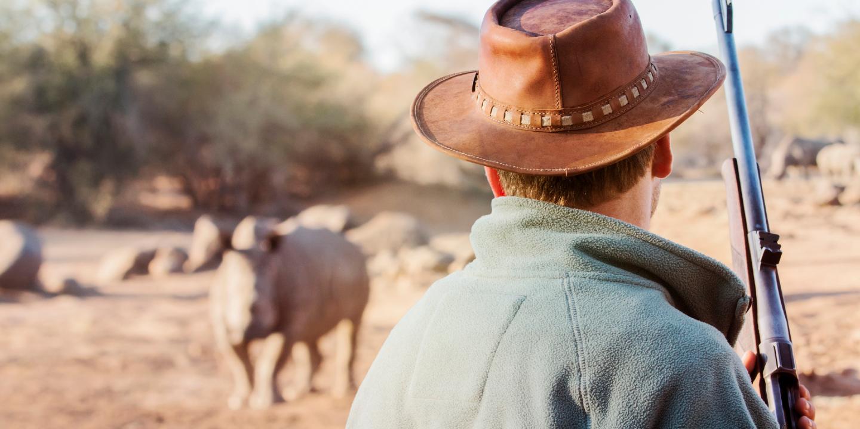 Durch Wilderer sind viele Tiere akut vom Aussterben bedroht.