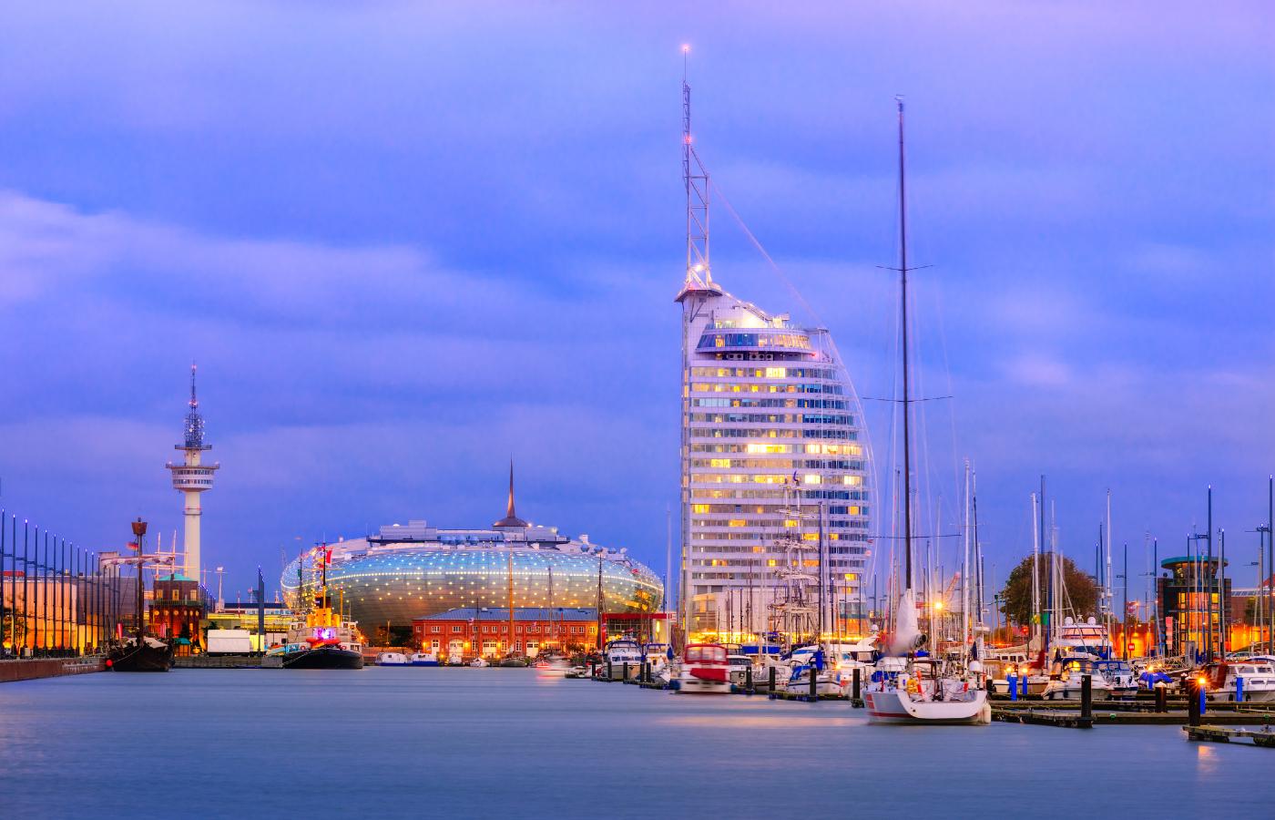 Die Küstenstadt Bremerhaven an der deutschen Nordsee.