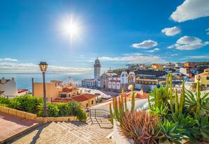 Die Einreisebestimmungen für Spanien müssen Urlauber beachten.