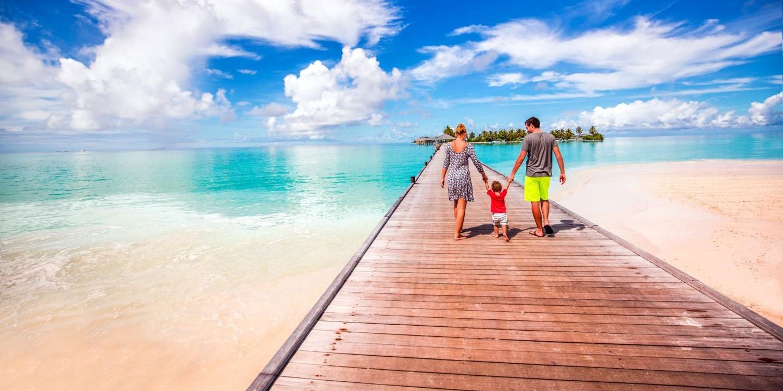 Ein Urlaub auf den Malediven mit Kindern an traumhaften Stränden.