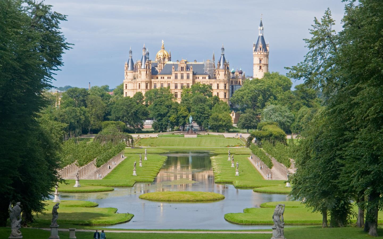 Das Schloss Schwerin in Mecklenburg-Vorpommern.