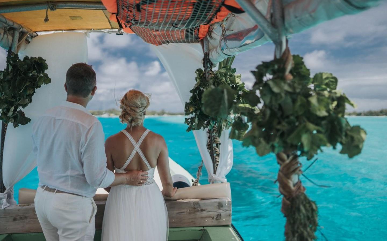 Eine Hochzeit im Ausland auf der Insel Bora Bora.