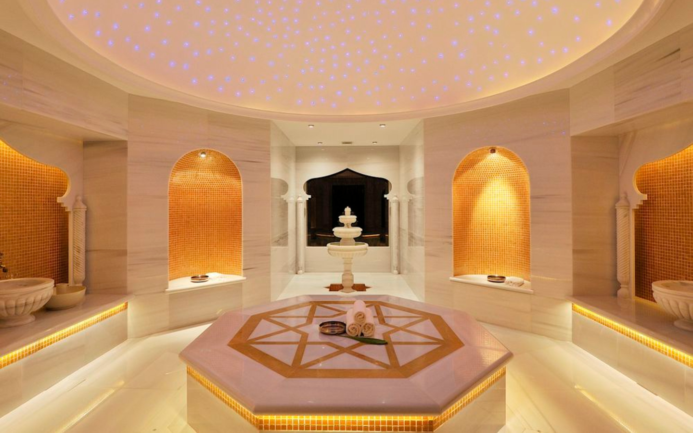 Ein türkisches Hamam im AYADA Maldives Luxus-Resort auf den Malediven.