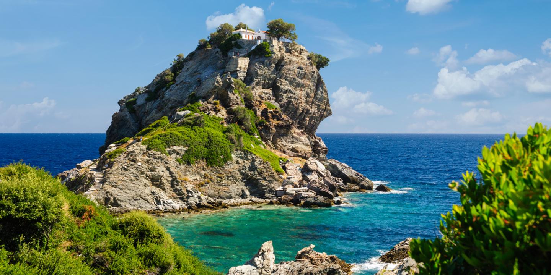 Die Kapelle Agios Ioannis auf der Insel Skopelos war einer der Drehorte des Film Mamma Mia.