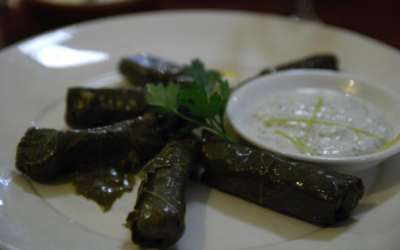 Die traditionelle griechische Vorspeise Dolmadakia.