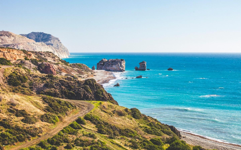 Die Aphrodite-Felsen an der Südküste Zyperns.