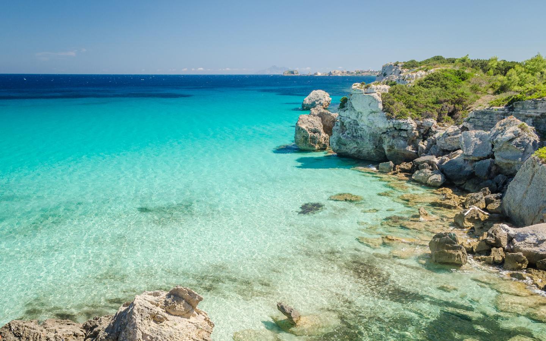Die unter Naturschutz stehende Insel Pianosa gehört zu den zehn schönsten Sehenswürdigkeiten der Toskana.