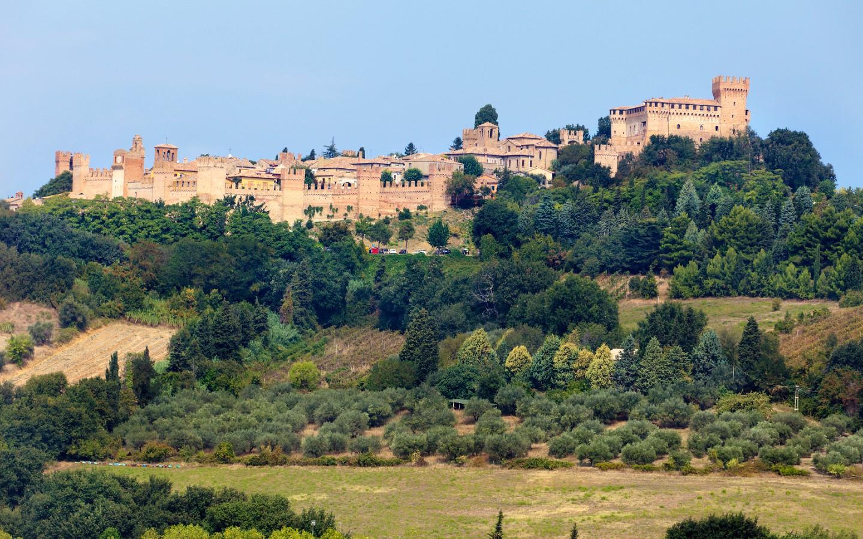 Das Dorf Gradara in den italienischen Marken.
