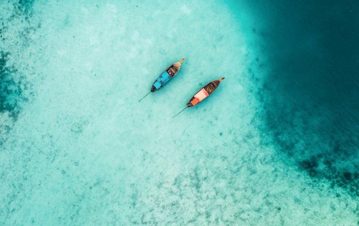 Zwei Boote für das Inselhopping in der Karibik,